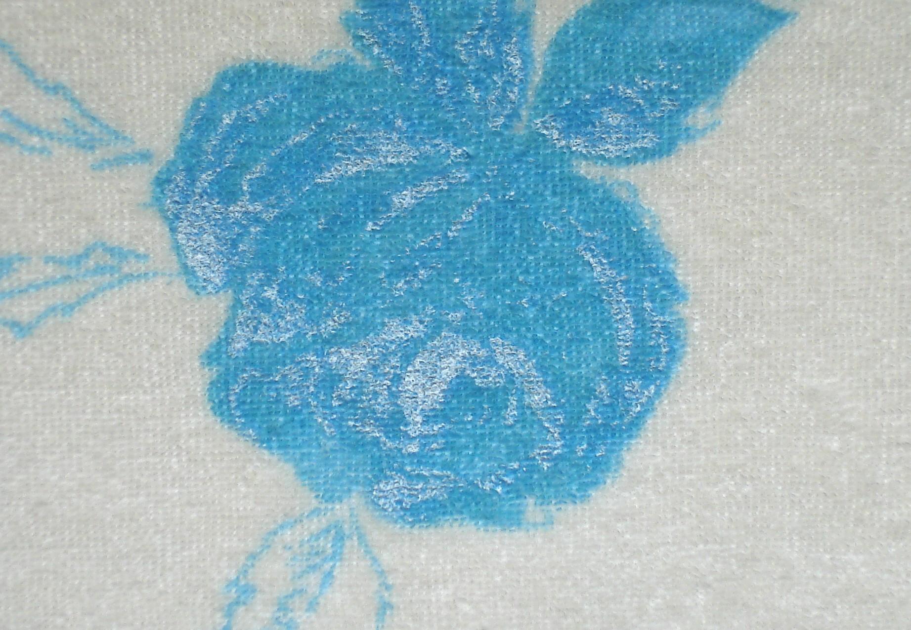 turkusowe kwiaty